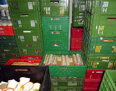 Die Lebensmittelausgabe ist dringend nötig im Stadtteil