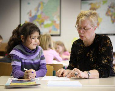Das macht mehr Spaß: Hausaufgabenhilfe oder Nachhilfe für bessere Schulnoten